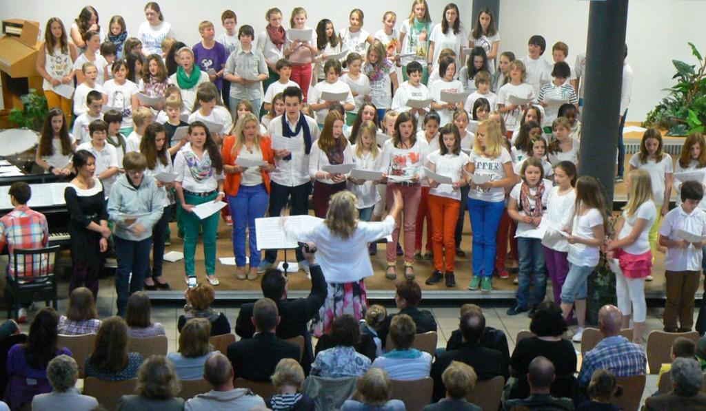 Jugendchor und Gesangs AG am FJM