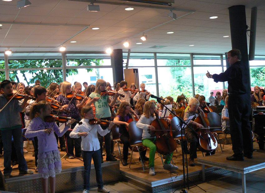 Schulorchester am FJM
